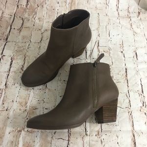 Crown Vintage Leather Ankle Boots